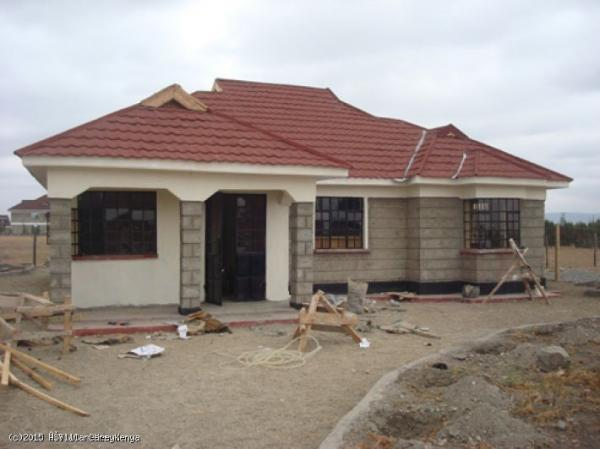3 bedroom bungalow kitengela for Roofing designs in kenya