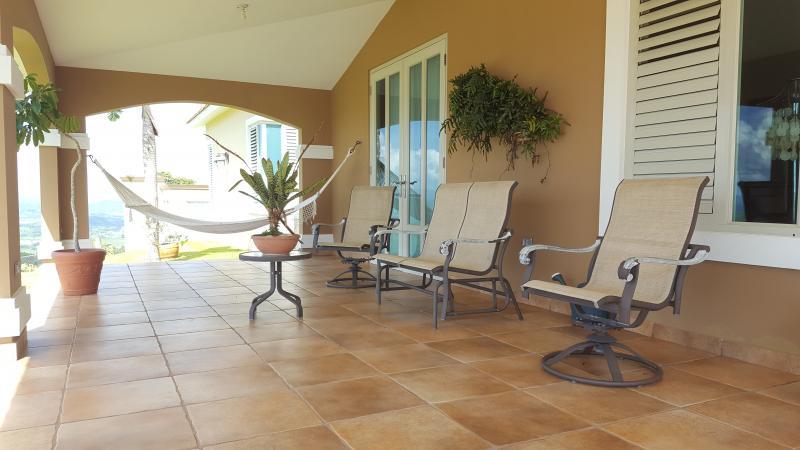 Higuerillo casa en naguabo puerto rico for Casa moderna kw