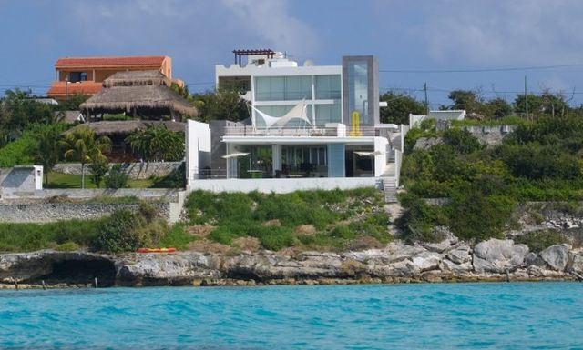 Luxury properties for sale in Isla Mujeres, Mexico