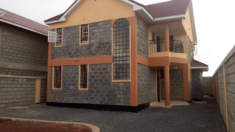 4 Bedroom Maisonettes For Sale Kitengela: 4 bedroom maisonette